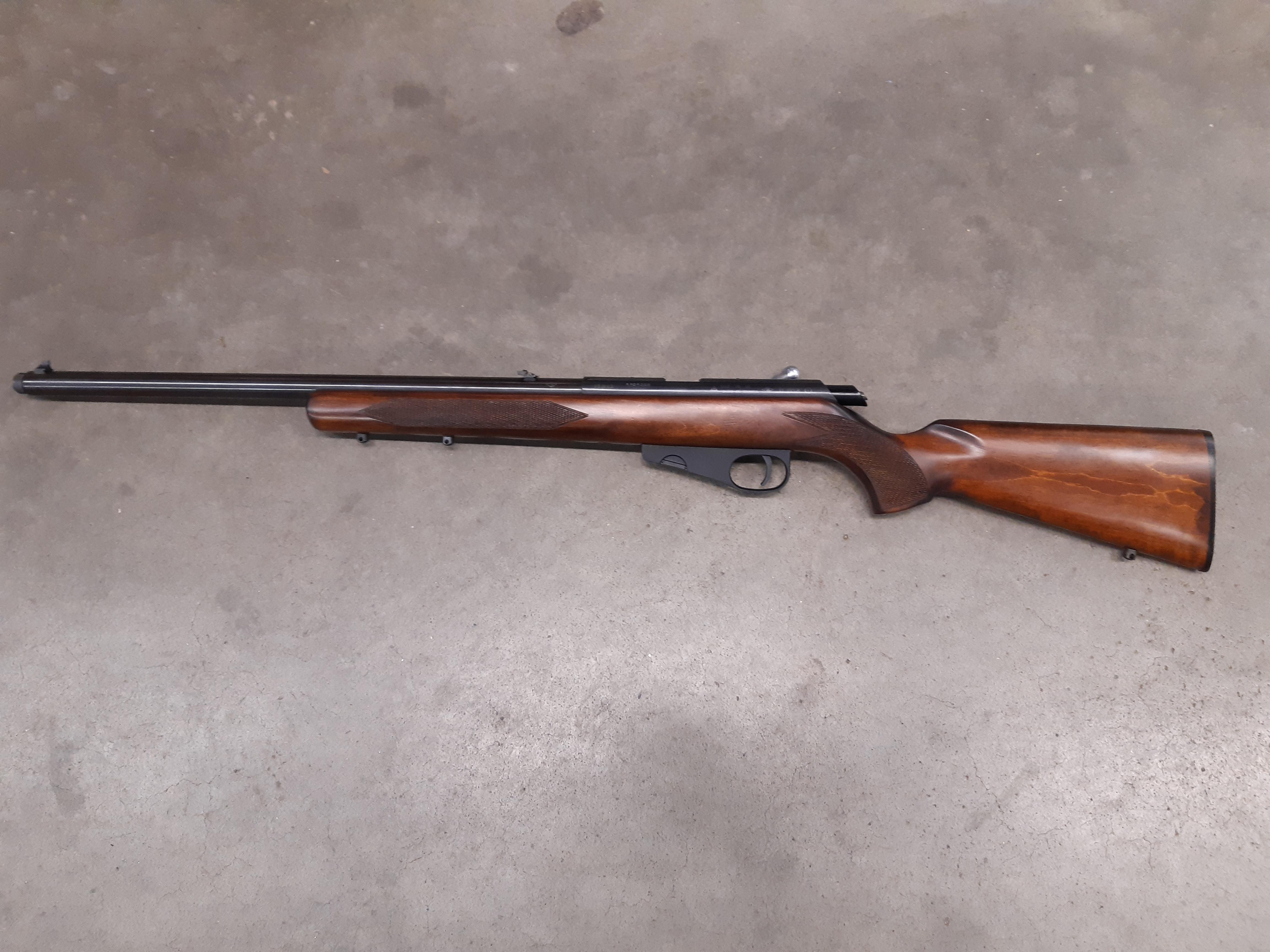 """TOZ -78-16 22LR """"paksupiippuinen"""" Pienoiskivääri"""