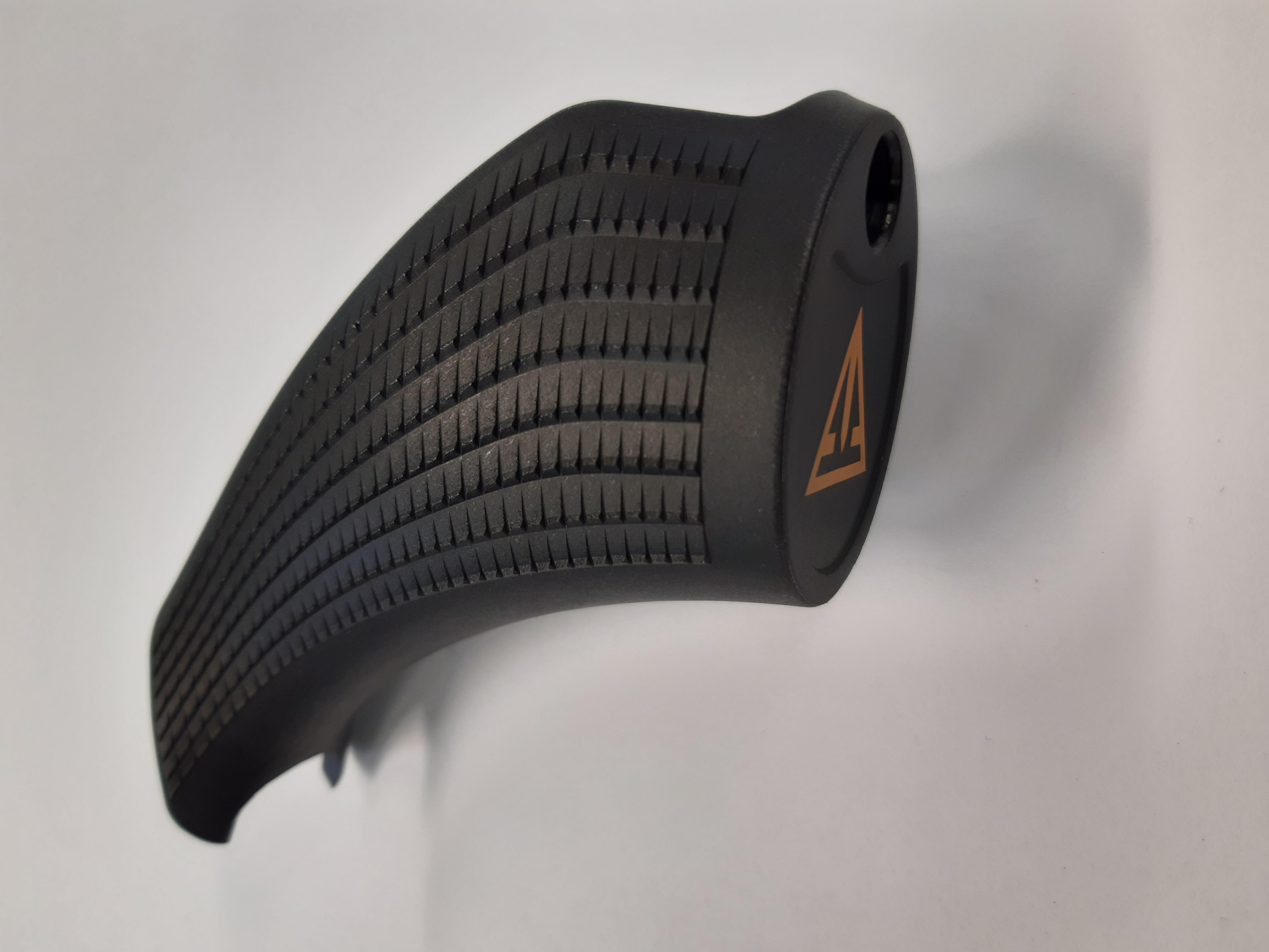 T3x pistoolikahva, vakio black (oranssi logo)